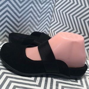 Bionic Laurel Suede Slip on Mules Black size 7